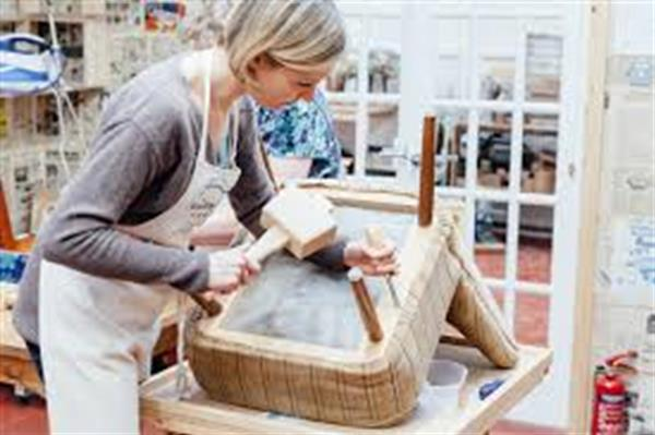 Upholstery - Beginners - MONDAYS